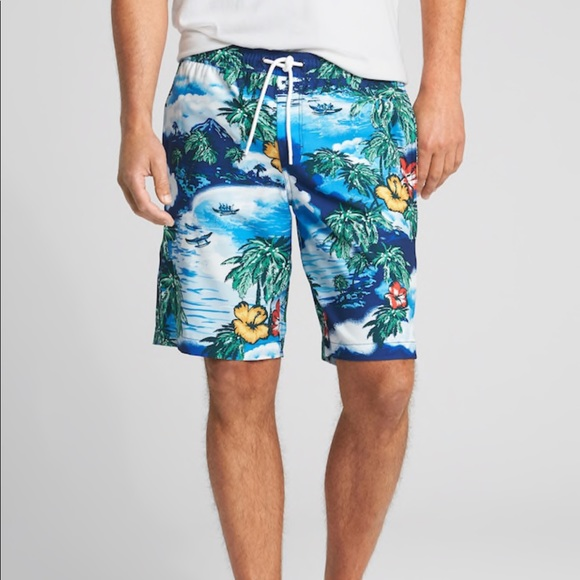 GAP Other - NWT men's tropical board shorts swimming trunks